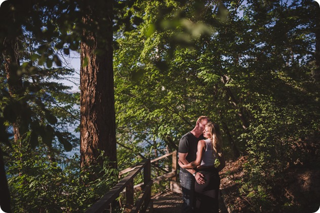 Okanagan-engagement-session_lake-boating-surf-wakeboarding-swim_by-Kevin-Trowbridge-photography_Kelowna_41621