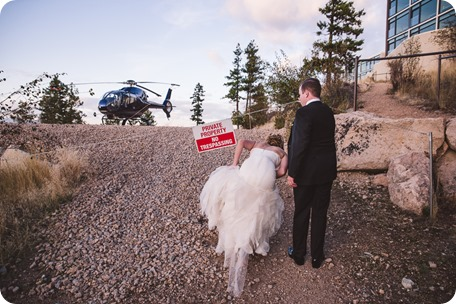 Sparkling-Hill-wedding_Gatsby-gold-glam_Okanagan-photographer_Victoria-and-Callum_by-Kevin-Trowbridge-photography_Kelowna_180617