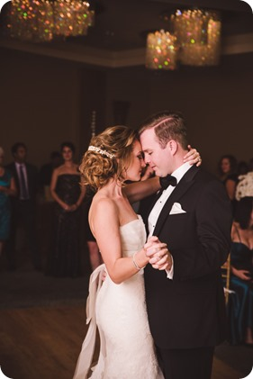 Sparkling-Hill-wedding_Gatsby-gold-glam_Okanagan-photographer_Victoria-and-Callum_by-Kevin-Trowbridge-photography_Kelowna_210259