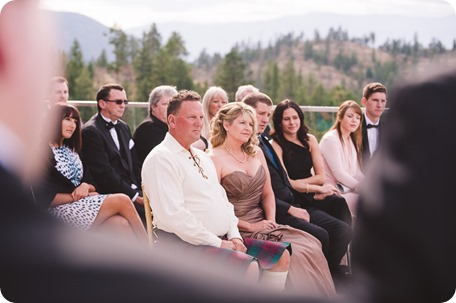 Sparkling-Hill-wedding_Gatsby-gold-glam_Okanagan-photographer_Victoria-and-Callum_by-Kevin-Trowbridge-photography_Kelowna_141941