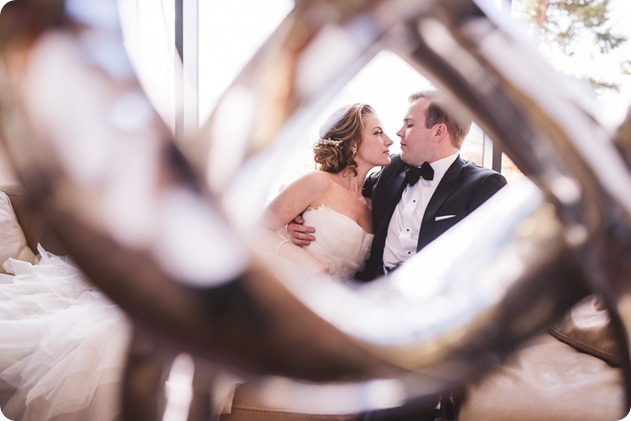 Sparkling-Hill-wedding_Gatsby-gold-glam_Okanagan-photographer_Victoria-and-Callum_by-Kevin-Trowbridge-photography_Kelowna_164126