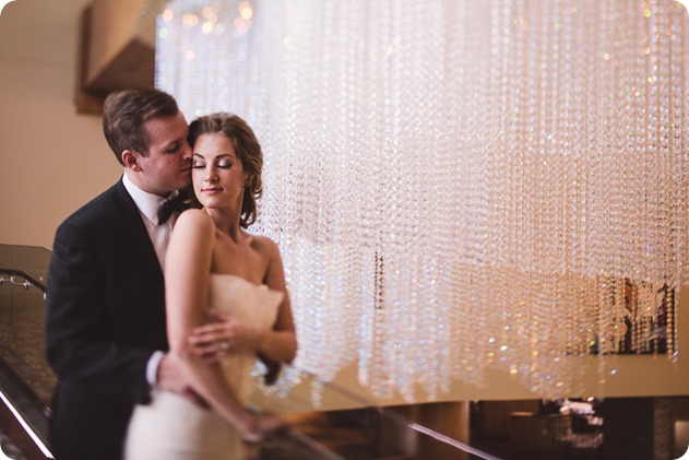 Sparkling-Hill-wedding_Gatsby-gold-glam_Okanagan-photographer_Victoria-and-Callum_by-Kevin-Trowbridge-photography_Kelowna_170151