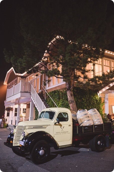 Cedar-Creek-ceremony_Hotel-Eldorado-reception_Kelowna-wedding_Vintage-Origami-geometric_pies-vintage-car_by-Kevin-Trowbridge-photography_Kelowna_212451