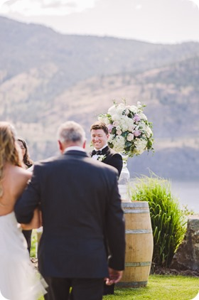 Painted-Rock-Wedding_Penticton_vineyard-lake-view_Created-Lovely_Classic-Creations_Sherrisse-and-Steven__by-Kevin-Trowbridge-30