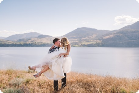 Painted-Rock-Wedding_Penticton_vineyard-lake-view_Created-Lovely_Classic-Creations_Sherrisse-and-Steven__by-Kevin-Trowbridge-104