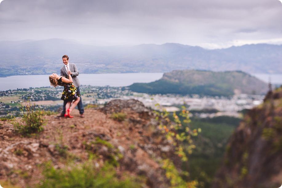 Kelowna-engagement-session-helicopter-mountaintop_Okanagan-Lake_vineyards-wine_by-Kevin-Trowbridge-photography_Kelowna_180802