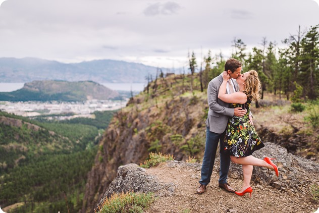 Kelowna-engagement-session-helicopter-mountaintop_Okanagan-Lake_vineyards-wine_by-Kevin-Trowbridge-photography_Kelowna_181447