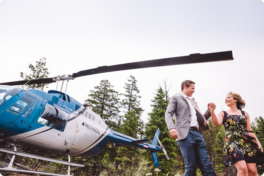Kelowna-engagement-session-helicopter-mountaintop_Okanagan-Lake_vineyards-wine_by-Kevin-Trowbridge-photography_Kelowna_173215